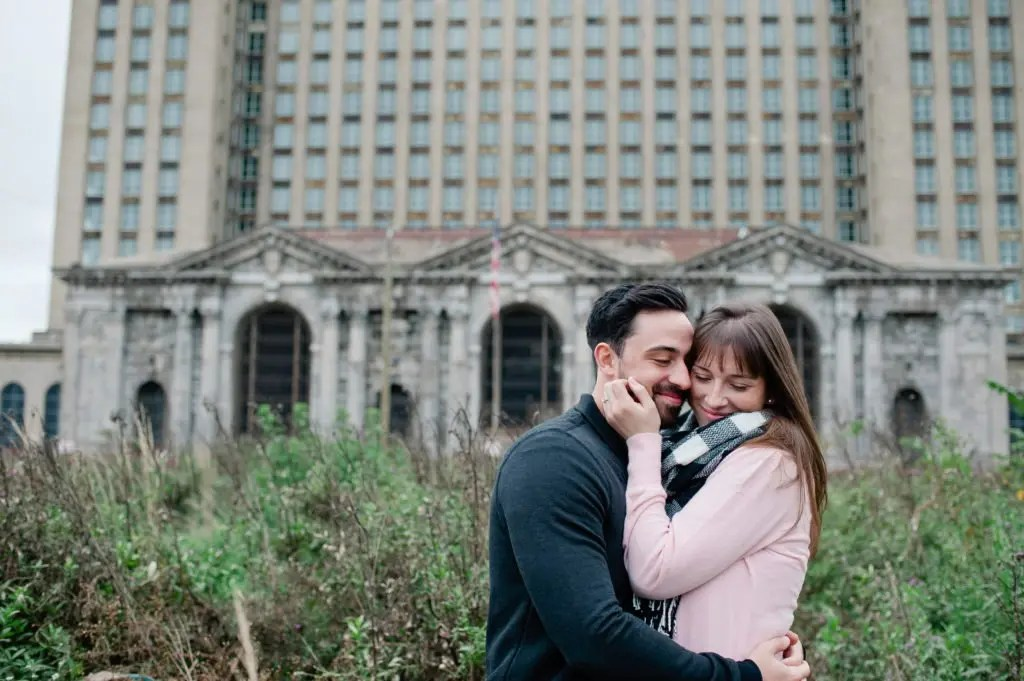 sammarissa_ENG_detroit_engagement_InnerCirclePhoto_051-1024x681 ENGAGEMENTS