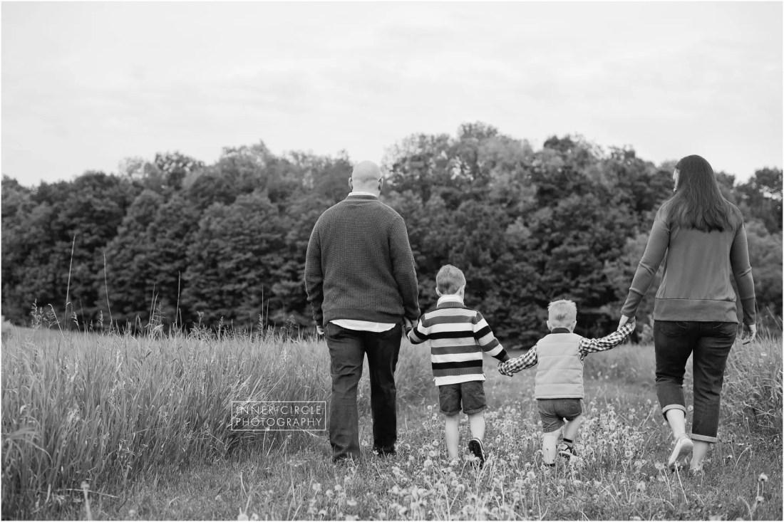 NavarreFAM_2018_InnerCirclePhoto_012 Anytime  Michigan Photography