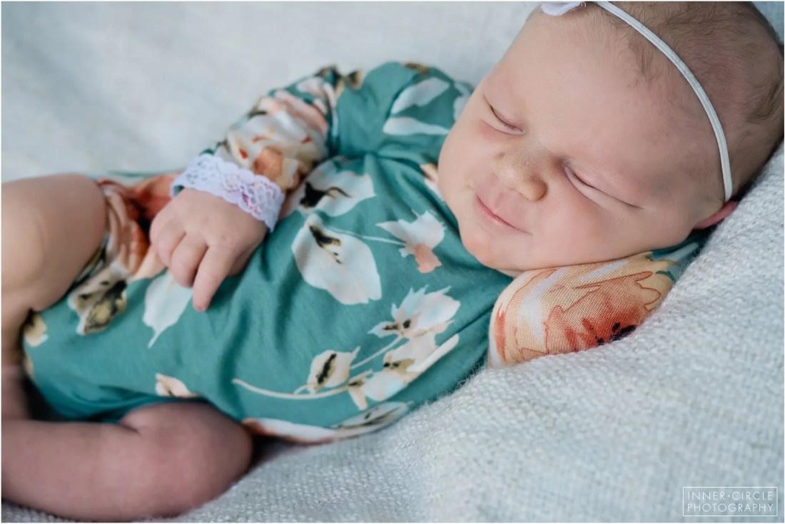 SarahMartin_Newborn_InnerCirclePhoto_031 Sarah :: Michigan Newborn Photographer :: 2019