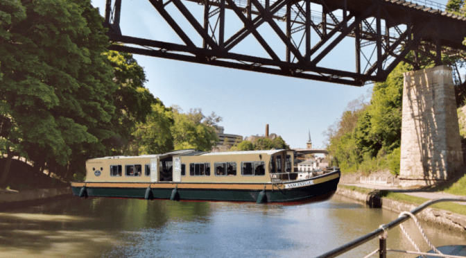 Historic Tour Boat Runs Aground Blocking Erie Canal, Causes Kayaker Back Up