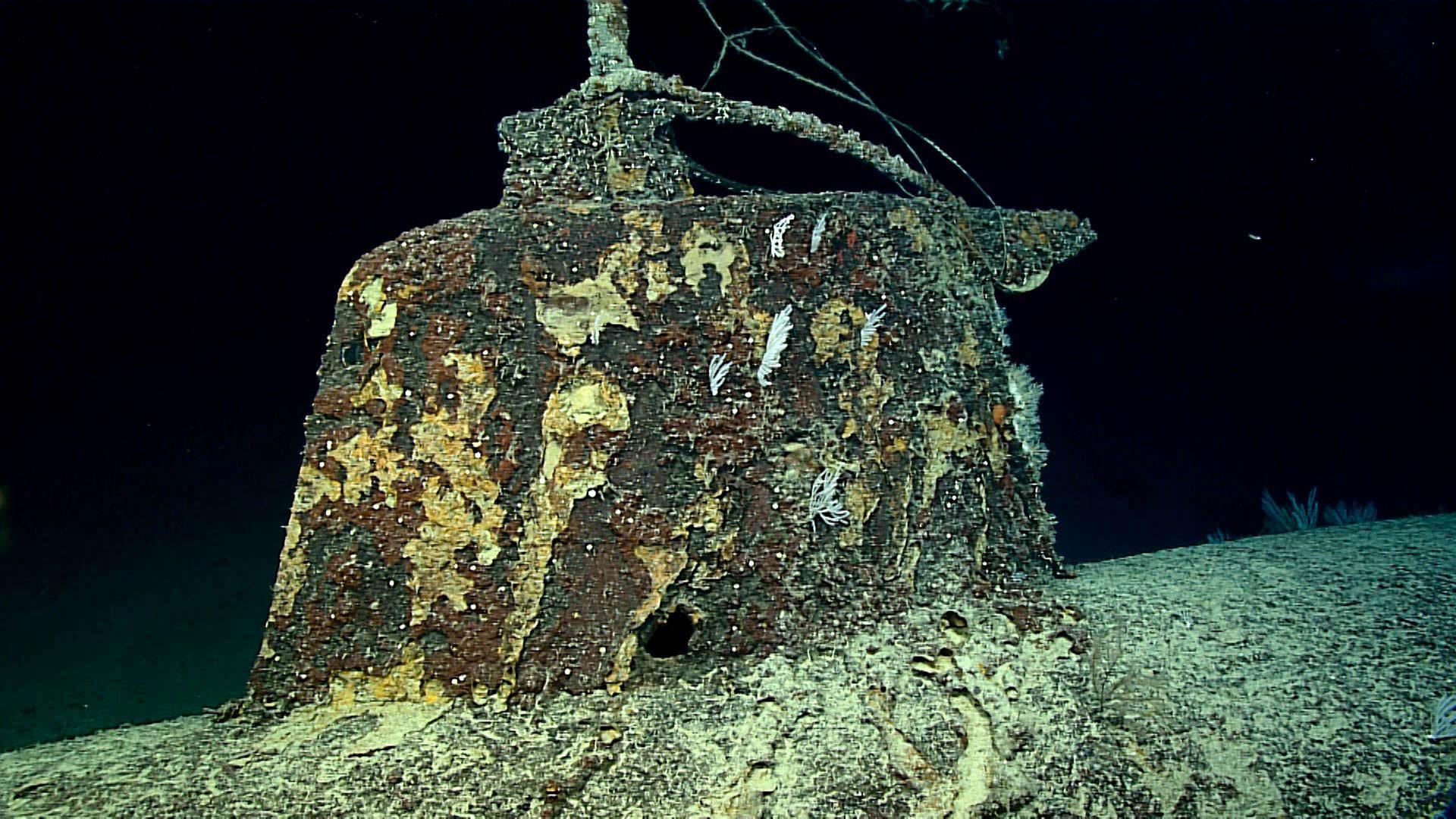 Okeanos Explorer Dives on Pearl Harbor Mini Subs  Inner