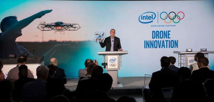Brian Krzanich, Ceo di Intel, presenta la strategia sui droni ai Giochi Olimpici 2018