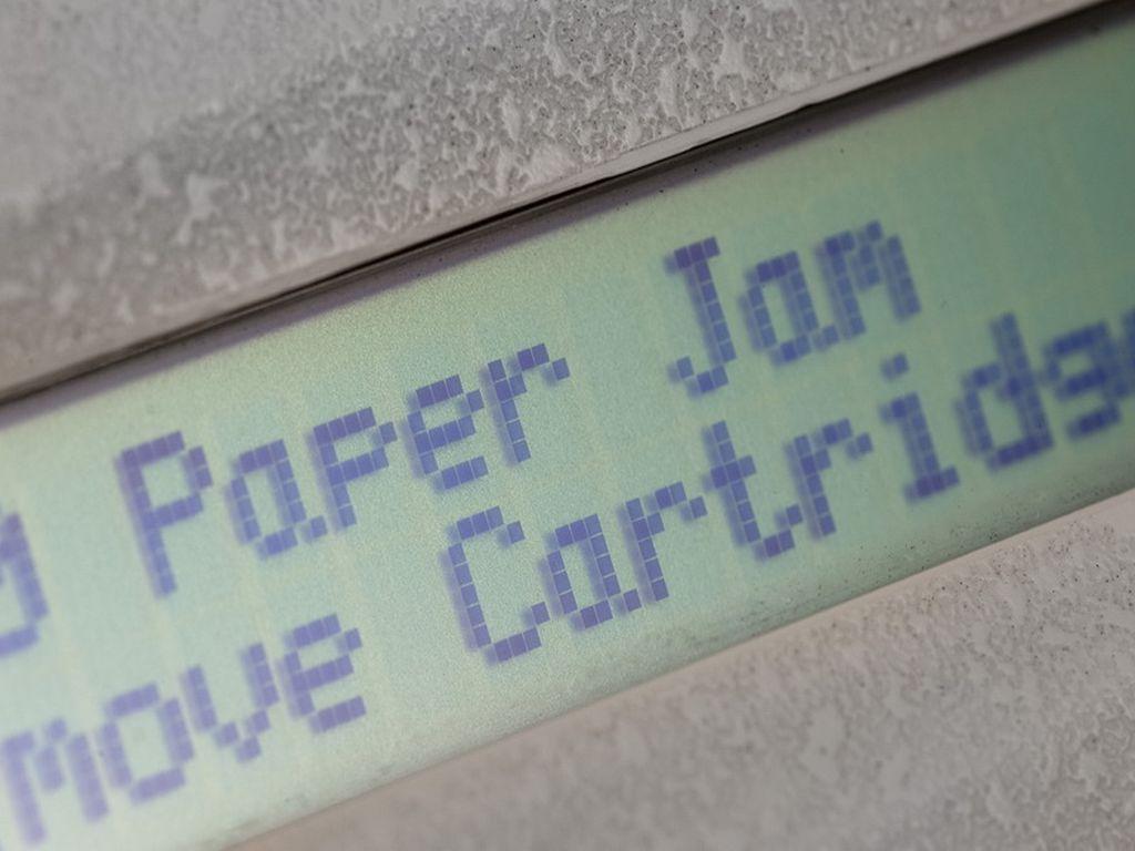 Penyebab Kertas Printer Nyangkut dan Solusi Mengatasinya
