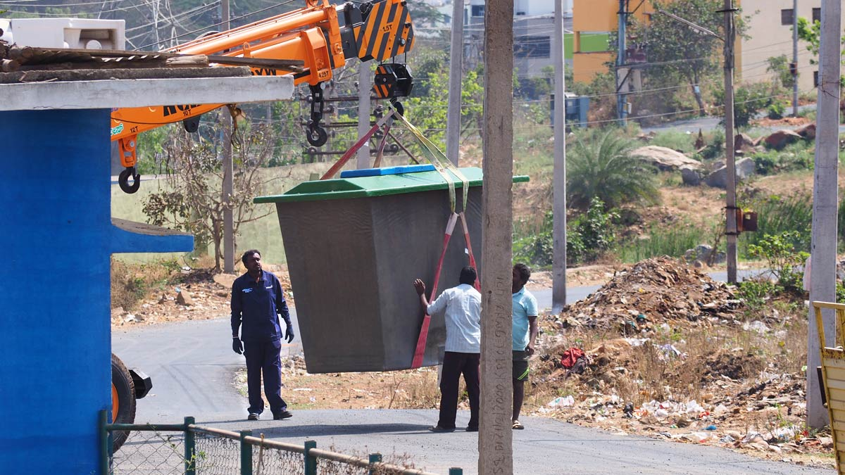 INNOQUA India demo site installation: lifting the transition tank into place
