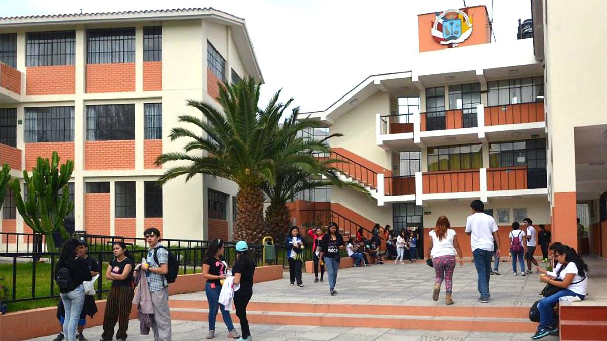 The UCSM Fundo Huasacache campus in Arequipa, Peru