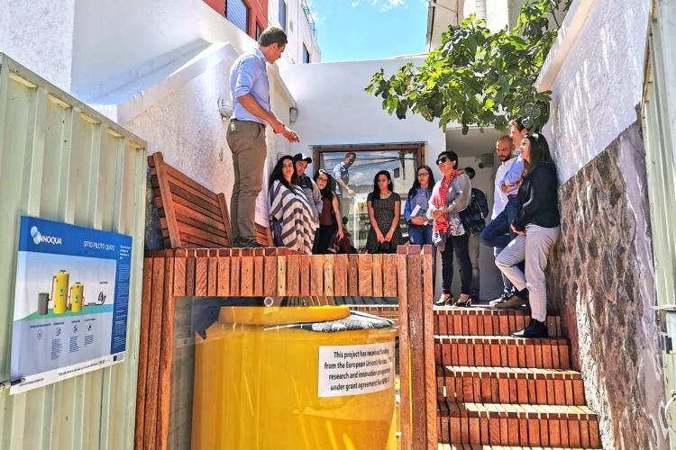 Open Day in Quito: Small groups visit the demo site for a glimpse of the INNOQUA technology