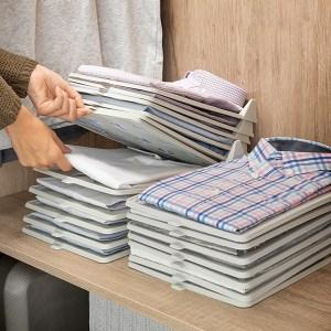 Conjunto de Tabuleiros para Organização de camisolas