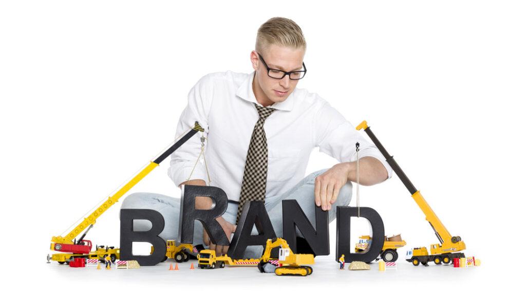 Consejos para construir la marca de tu empresa ahorrando dinero e1603181070267 - El Branding construyendo marcas