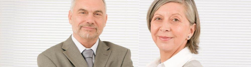Portada de Listado-de-portales-para-mayores-de-45-años