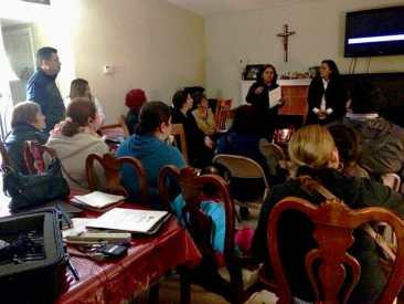 East Palo Alto Parents Meet to Improve Schools