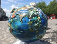 Globes 2