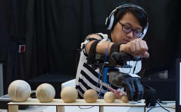 Tactile feedback adds 'muscle sense' to prosthetic hand