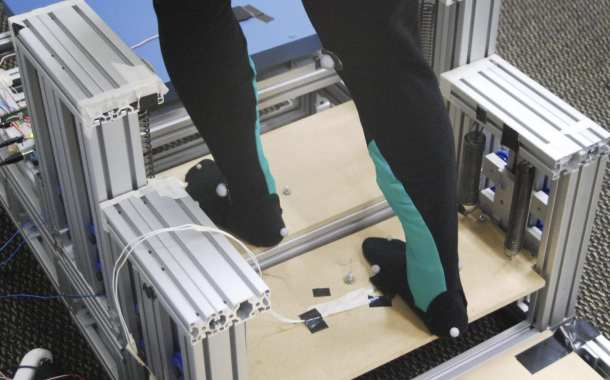 Energy-recycling stair device makes walking up and down stairs easier