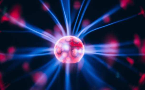 "Plasma medicine uses room temperature ""cold"" plasma to kill bacteria"