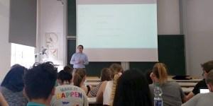 Hr. Maier von M-Way Solutions zu Gast an der HFT Stuttgart