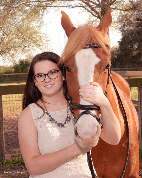senior-portrait-girl-with-horse-houston-texas