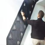L'escalier B-Compact se replie contre le mur dans une nouvelle dimension.