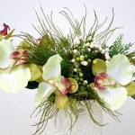 Dans certaines situations, les fleurs artificielles sont suffisantes et ne demandent pas d'entretien.