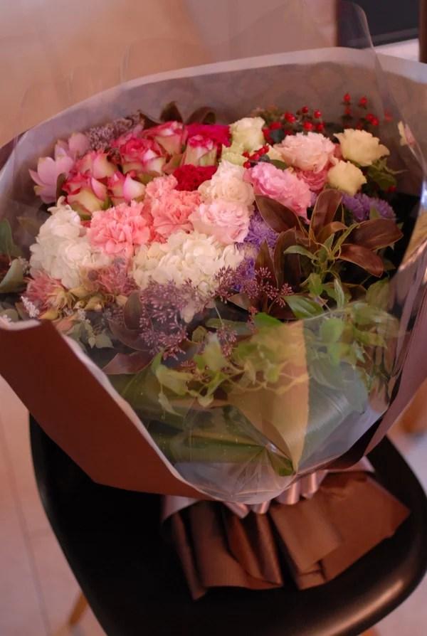 霧島市へお祝い花束のお届け