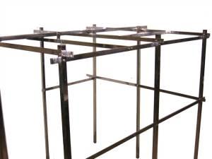 Mobiliario en acero inoxidable para Supermercados y tiendas