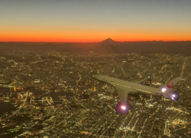 JAL B777 飛行