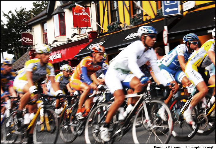 Tour of Ireland blur past
