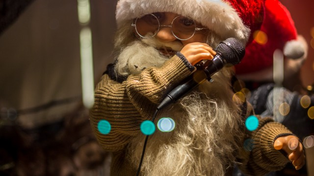 Santa Singing the Blues