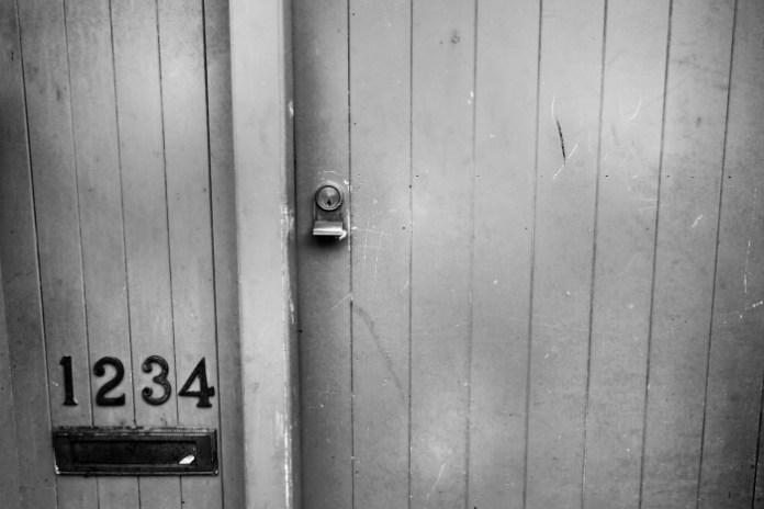 Door 1234