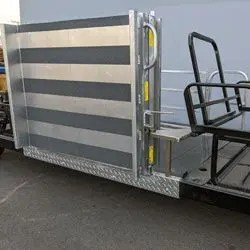 YAM-WHEELCHAIR-TRANSPORT-side-ramp-closed-close-iso-view2_250x250