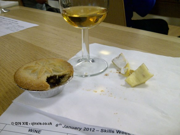 Sauternes with mince pie and cheese