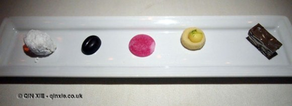 Petit fours at Apsley's, The Lanesborough Hotel