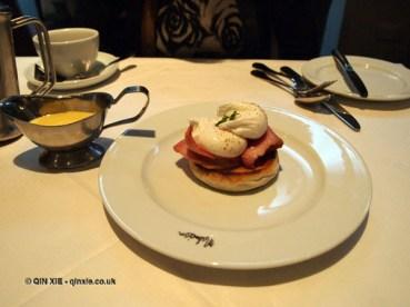 Eggs Benedict, London Malmaison Brasserie
