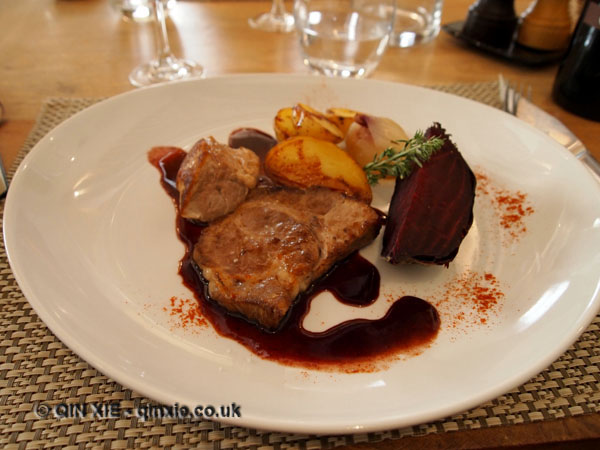 Pork, beetroot and potatoes, Cazes, Rivesaltes