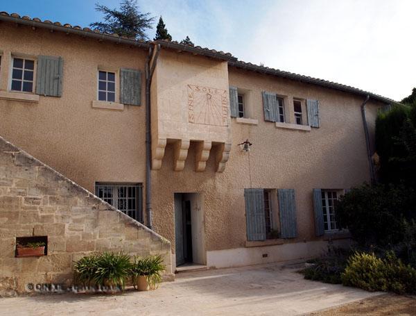 Building, Château Mourgues du Grès, Beaucaire