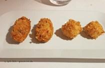 Croqueta de rabo de toro, pollo y curry (oxtail, chicken and curry croquette) and Croqueta de Idiazábal (Idiazábal cheese croquette), Askua, Valencia