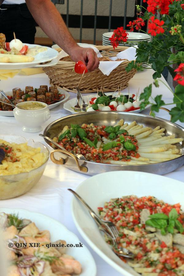 Collegium Wirtemberg buffet, Food in Baden-Württemberg