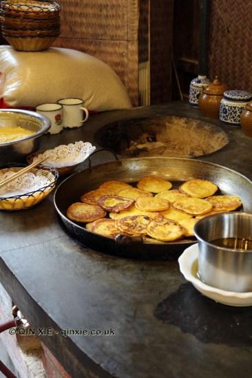 Sweetcorn patty cooking, Tian Yuan Yin Xiang, Chengdu
