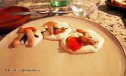 Salicornias / Espuma de queso de cabras / Navajuelas (Samphire / Goat's cheese foam / Chilean razor clams), Restaurante 99, Santiago