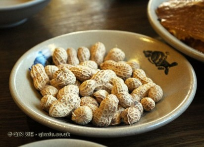 Roasted peanuts, Ren Ming Shi Tang (People's Public Restaurant), Chengdu, China
