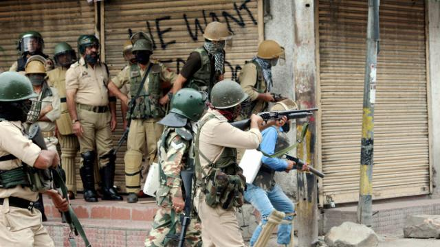 Militant attack in Anantnag Five CRPF jawans were killed