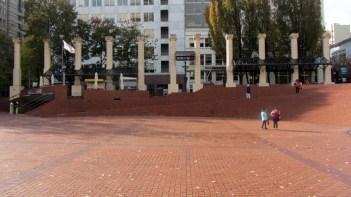 pioneer-chouse-sq-brick-landscape