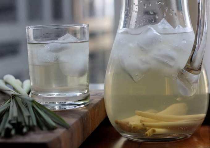 Kicking off a Month of Thai Goodness…Lemongrass Tea