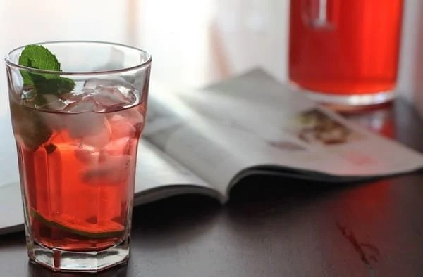 Red Zinger Iced Tea