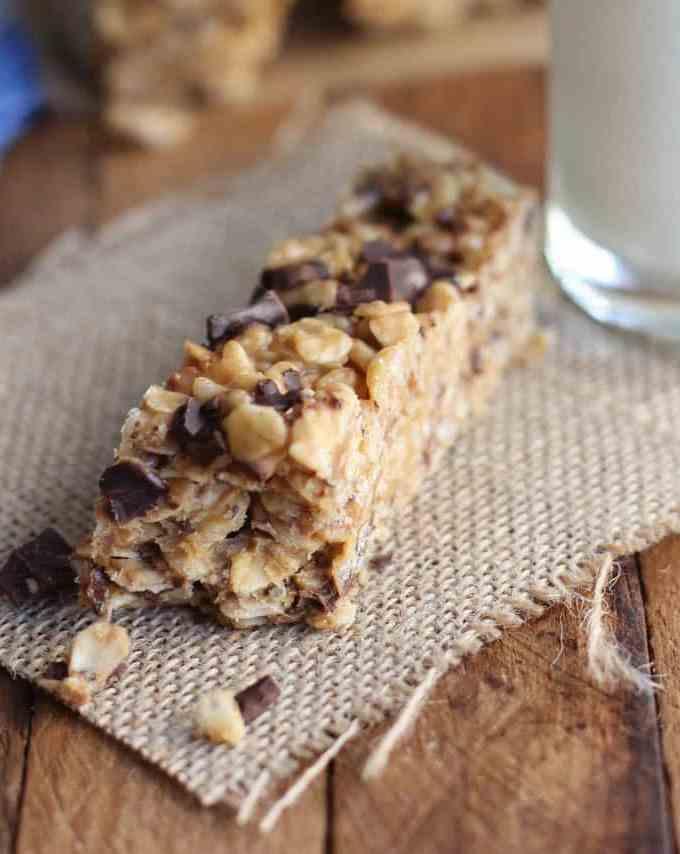 Chocolate Peanut Butter Granola Bars