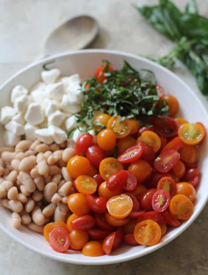 Caprese White Bean Salad via @inquiringchef