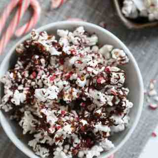 Dark Chocolate Peppermint Popcorn via @inquiringchef