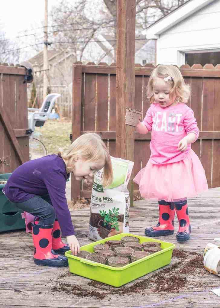 Molly and Clara_Garden