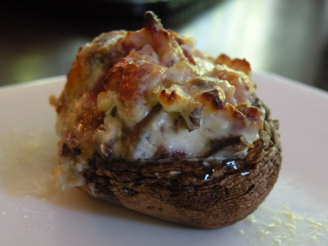 Blue Cheese Bacon Stuffed Mushrooms