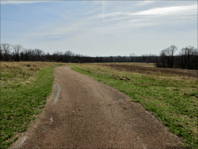 the paved trail to Charbonier