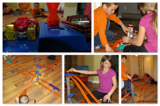 Hot Wheels® Ultimate Track Party
